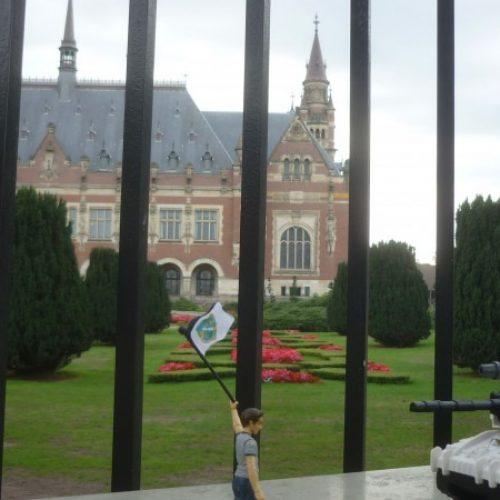'Embargo' – instalacija bosaskog umjetnika u Haagu