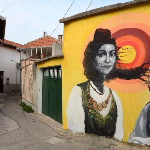 Mostar: Murali među kojima su i onaj Alekse Šantića i Emine oživjeli ulice grada na Neretvi