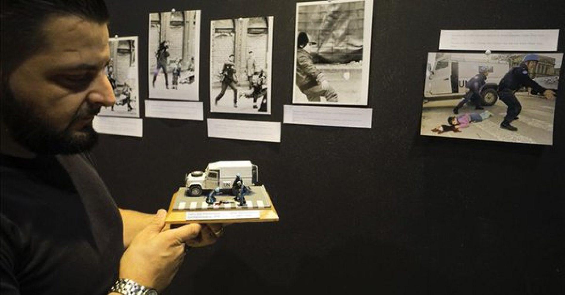 """Postavka """"Opkoljeno Sarajevo"""" dopunjena maketom koja prikazuje ubistvo sedmogodišnjeg Nermina"""