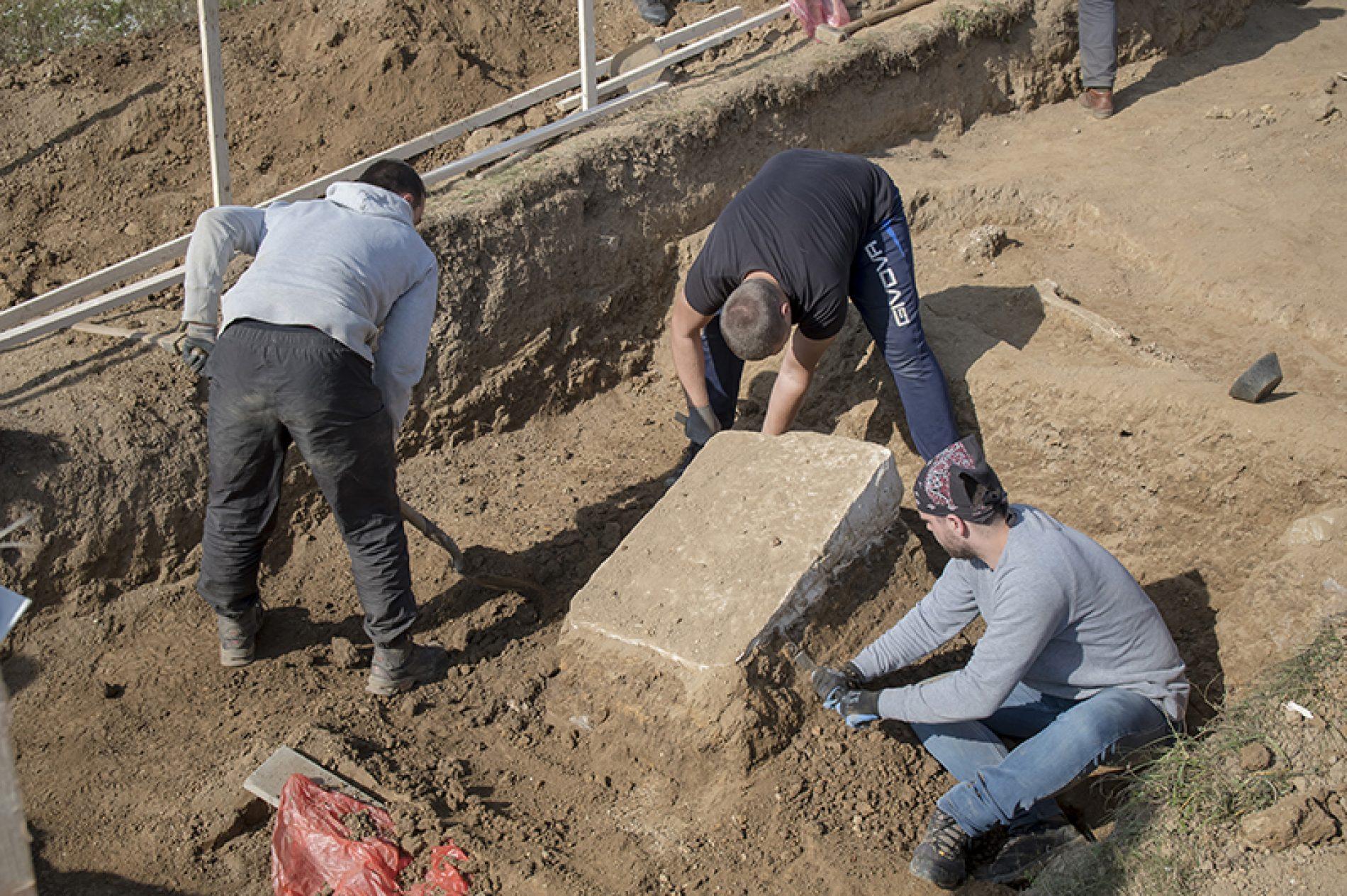 """Hadžići: Jedinstveno arheološko istraživanje na nekropoli stećaka """"Metaljica"""""""
