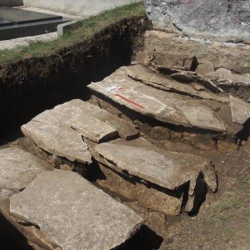 Kod Livna pronađena ostava oružja iz 8. vijeka p.n.e. i nekropola sa stećcima