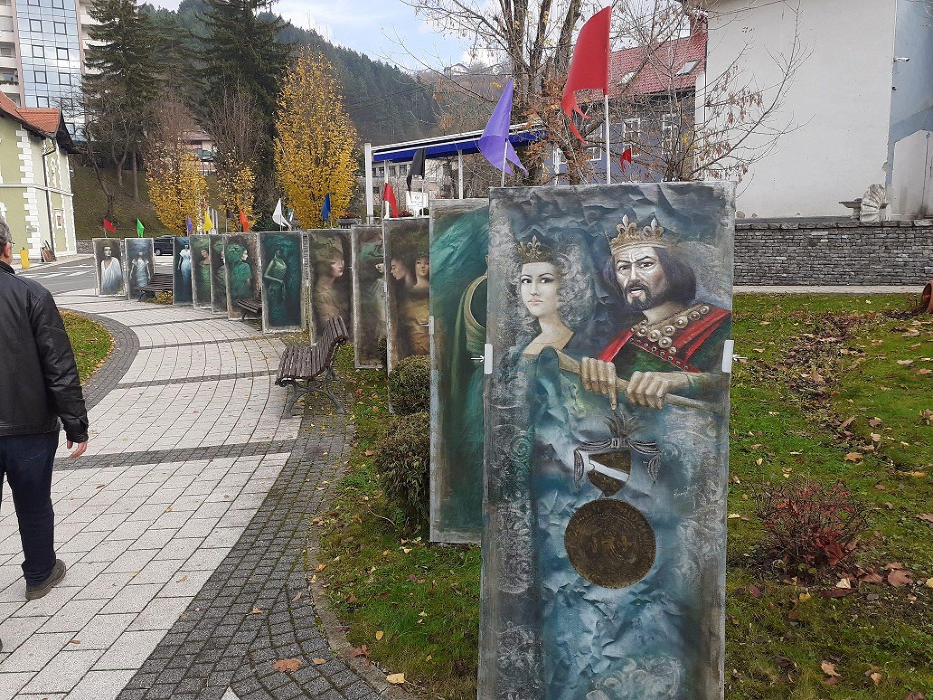 Cazin: Zanimljiva izložba na otvorenom povodom Dana državnosti