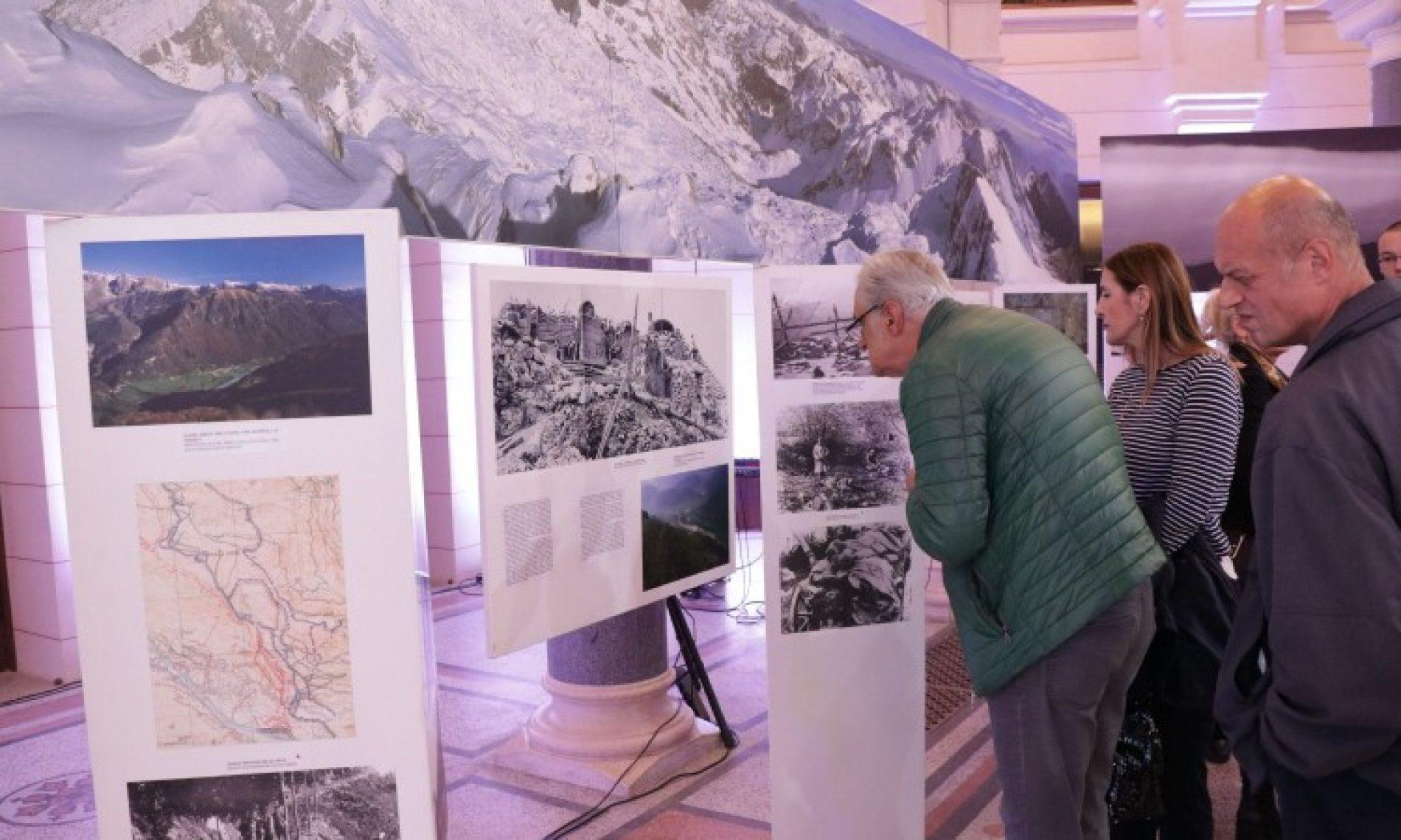 U Vijećnici otvorena izložba slika iz Prvog svjetskog rata 'Front na Soči'