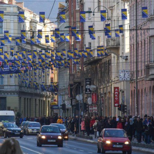Sarajevo u prazničnom ruhu uoči državnog praznika