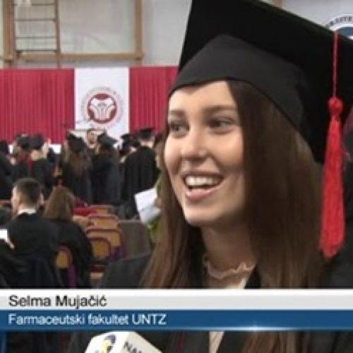 UNTZ: Akademska zajednica bogatija za skoro 1000 diplomanata i magistara nauka