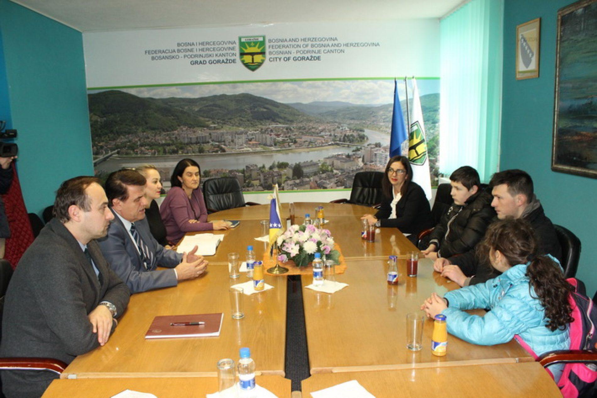 Grad Goražde obezbjeđuje stan za Safeta Hurića i njegovu sestru i brata