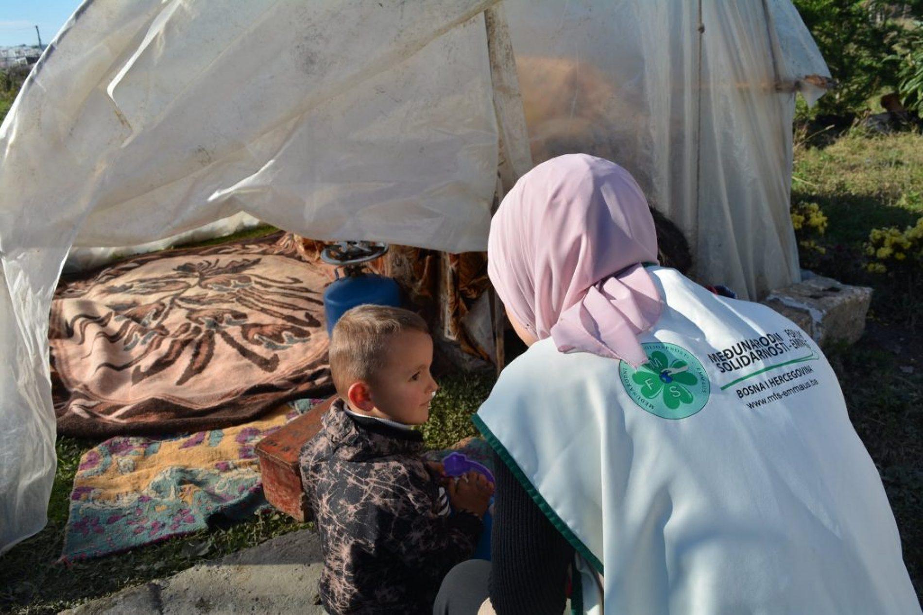 Podijeljena humanitarna pomoć nastradalom stanovništvu Albanije