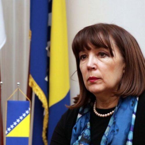 Mahmutbegović: Nedopustiva upotreba policijske sile protiv građana Mostara