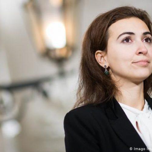 Austrija: Desničari pokušavaju spriječiti imenovanje Alme Zadić