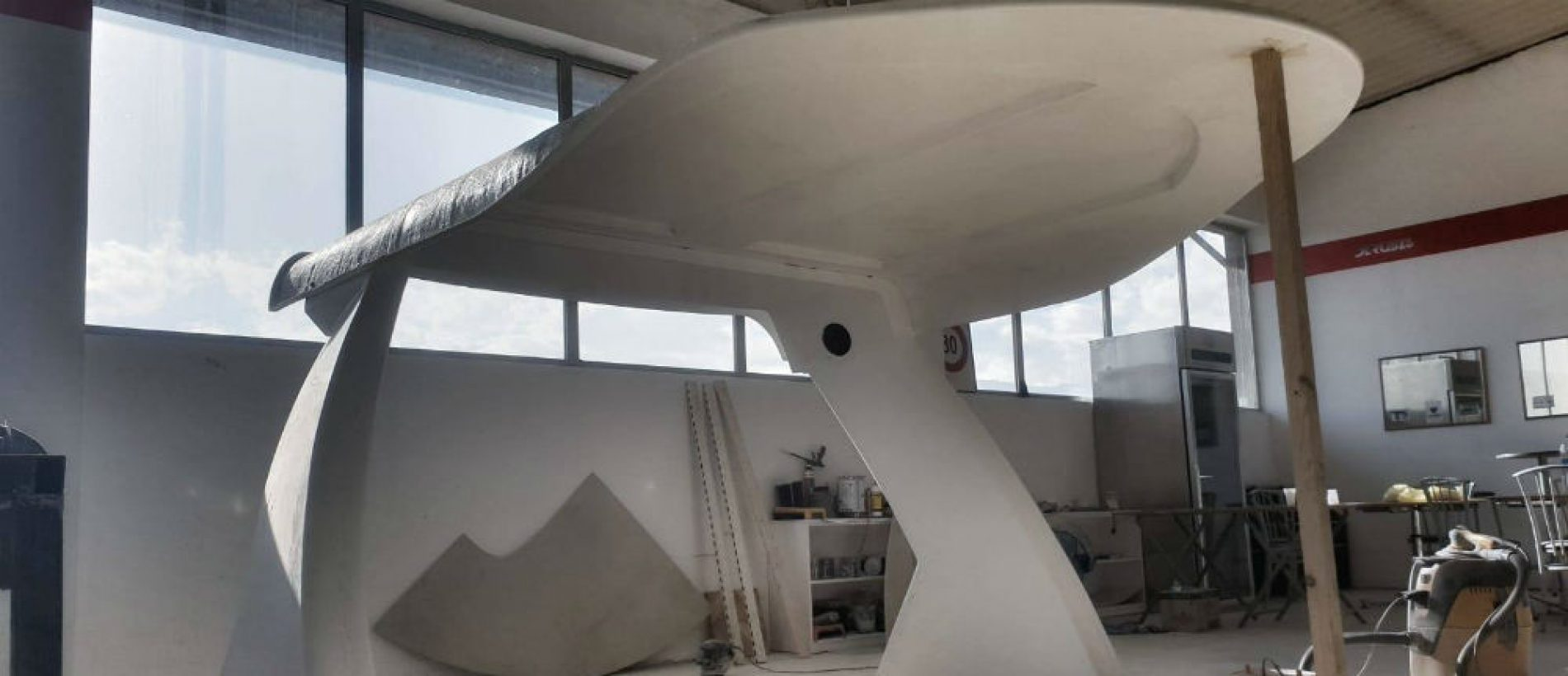 Derubis Yachts radi nove jahte i prikolice za auta