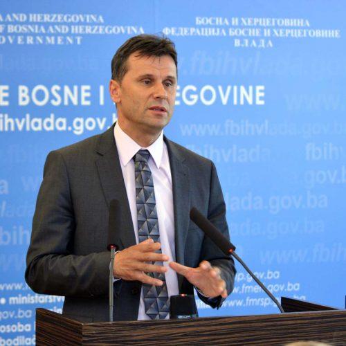 Novalić: Zdravlje naših ljudi je prioritet; ali tu je i ekonomski segment