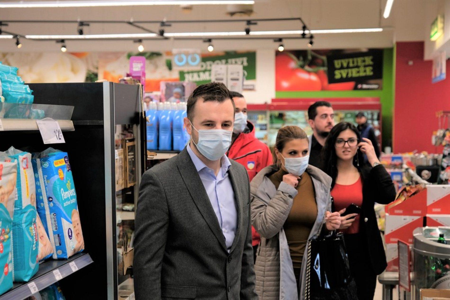 Novi Grad: Zaštitne maske i rukavice za uposlenike tržnih centara