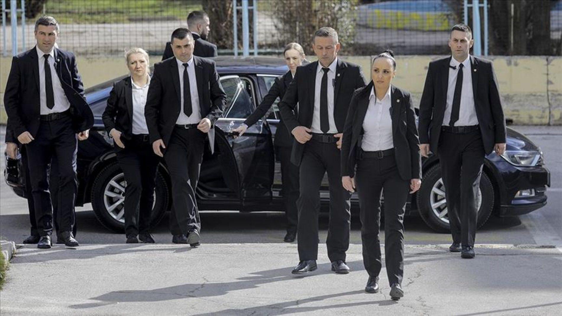 Bosanke koje čuvaju VIP delegacije: Osiguravale Erdogana, Merkel, papu..