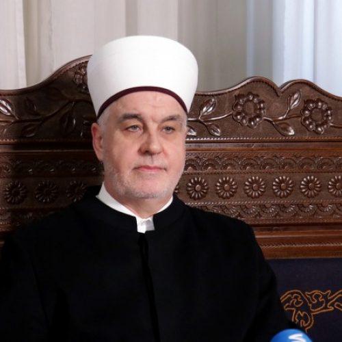 Kavazović: Ramazan i u ovakvim okolnostima donosi obilje Božije milosti (VIDEO)