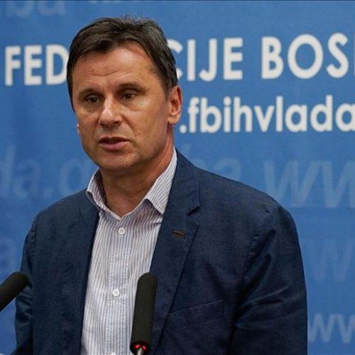 Premijer Novalić najavio dva fonda od ukupno milijardu BAM za pomoć privredi