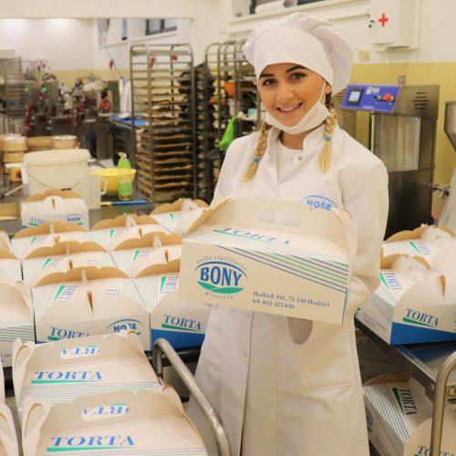 Hoše komerc poklon tortama čestitao policajcima Dan grada Sarajeva i Dan policije