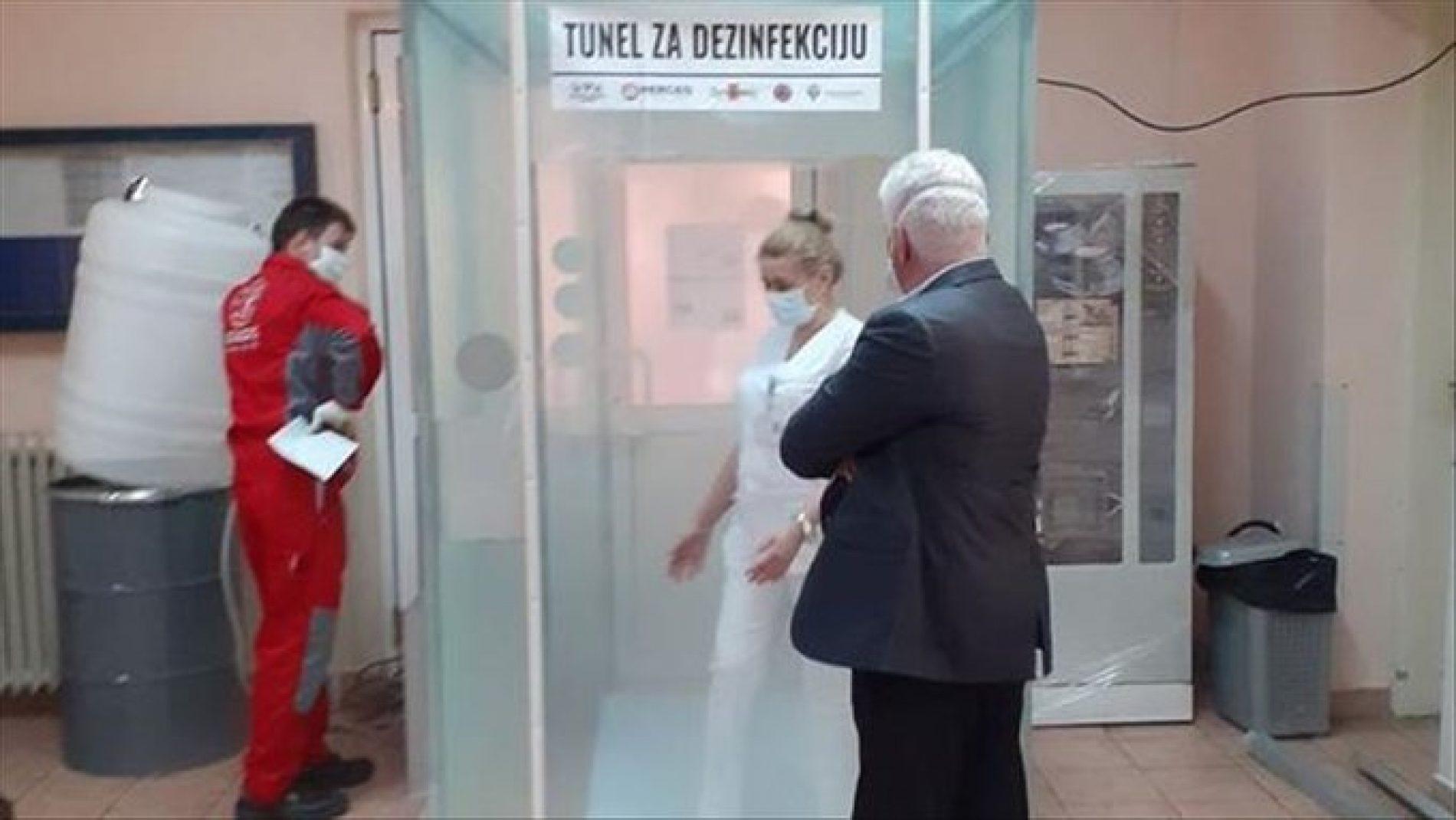 Firma iz Srebrenika preusmjerila proizvodnju: Grade tunele za dezinfekciju