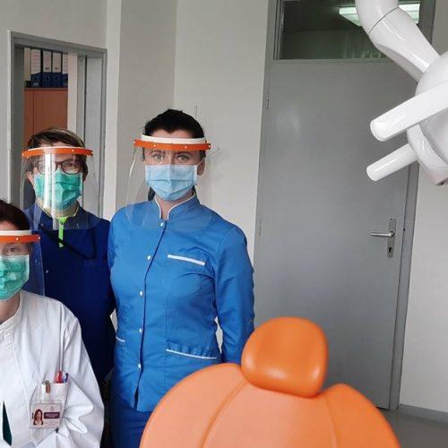 Zaštitni viziri iz Goražda olakšavaju rad zdravstvenim radnicima u zemlji i regiji
