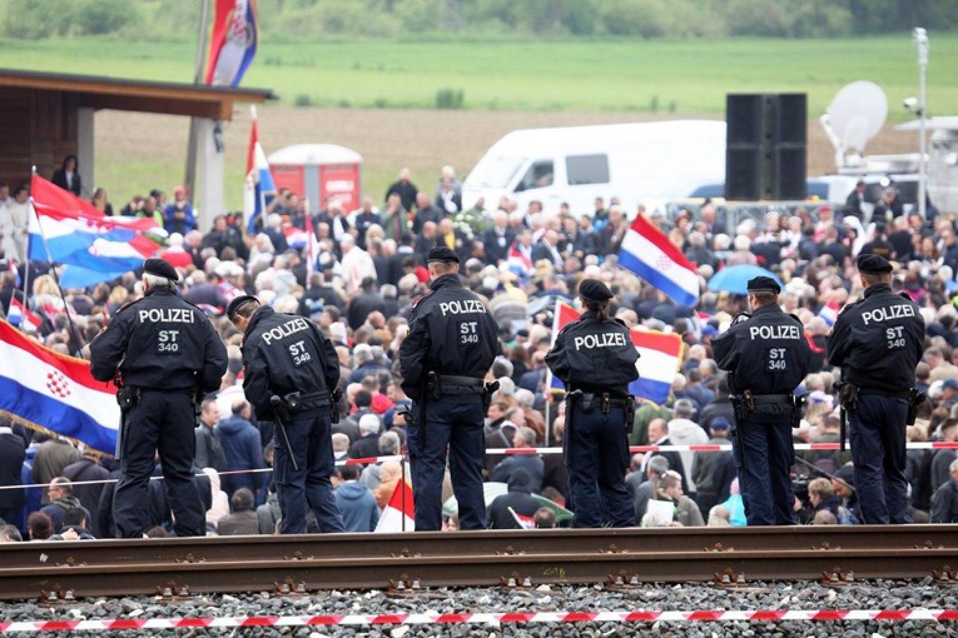 Austrijski parlament traži da Vlada te zemlje ubuduće zabrani fašistička okupljanja u Bleiburgu