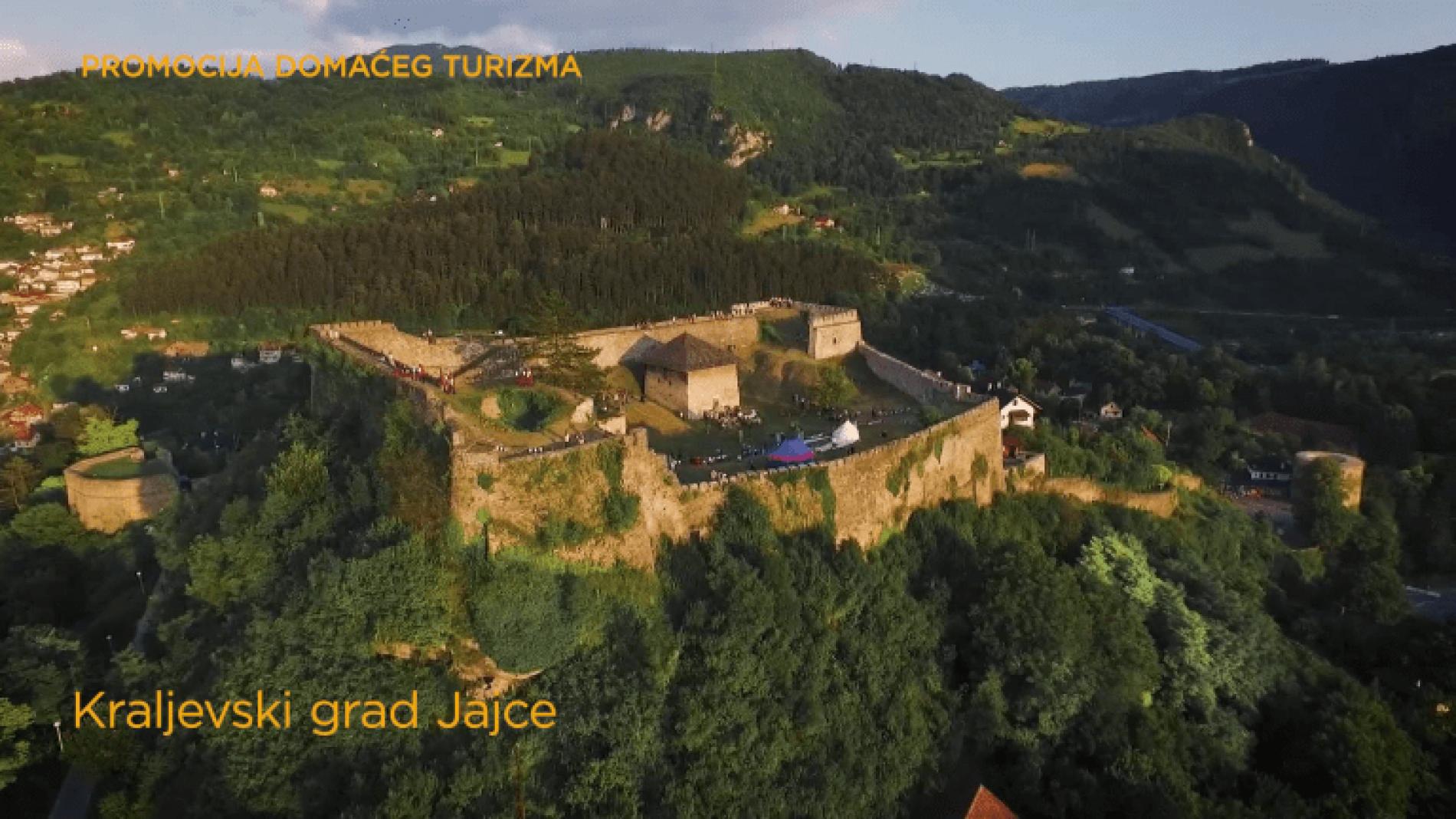 Jajce – bosanski kraljevski grad (Video)