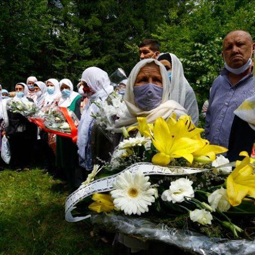 Obilježena godišnjica ubistva šestorice Srebreničana; kukavičke pucnje u leđa zarobljenih zločinci dokumentovali video snimcima