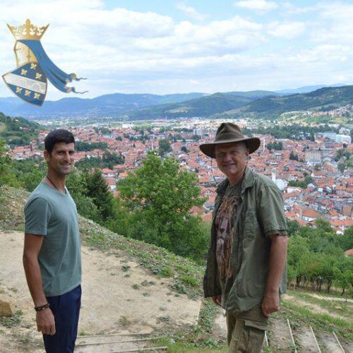 Poznati sportista Novak Đoković u višednevnoj posjeti Visokom – meditira na Bosanskim piramidama