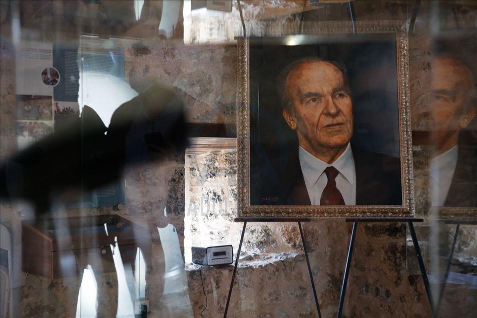 Obilježavanje 95. rođendana: Alija Izetbegović bio je intelektualac i lider jednako priznat i na Istoku i na Zapadu