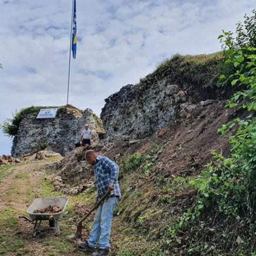 Počeli radovi na zaštiti i rekonstrukciji Starog grada Bužim