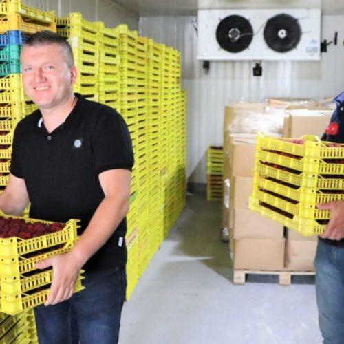 Kompanija braće Omeragić proizvodi i otkupljuje jagodičasto i šumsko voće – novi pogon za zamrzavanje omogućit će da utrostruče posao