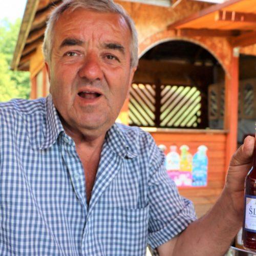 Organski voćnjak u Brezi:  Šefket Hrustanović  namjerava utrostručiti proizvodnju prerađenog voća