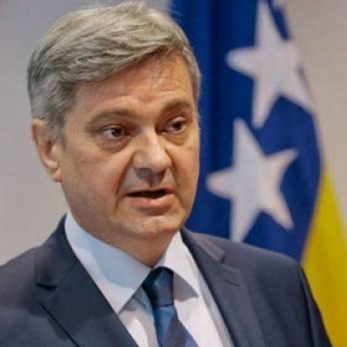 Zvizdić podsjetio na nečasnu ulogu četničkih zločinaca koje veliča Dodik