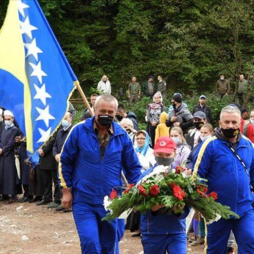 Obilježena godišnjica zatvaranja logora Sušica: Za ubistvo 1.600 Bošnjaka odgovarala samo tri zločinca