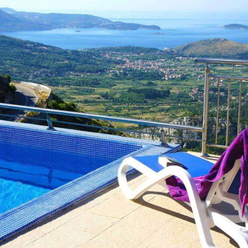 U Ivanici niču luksuzne vile, a planira se i gradnja turističkog naselja