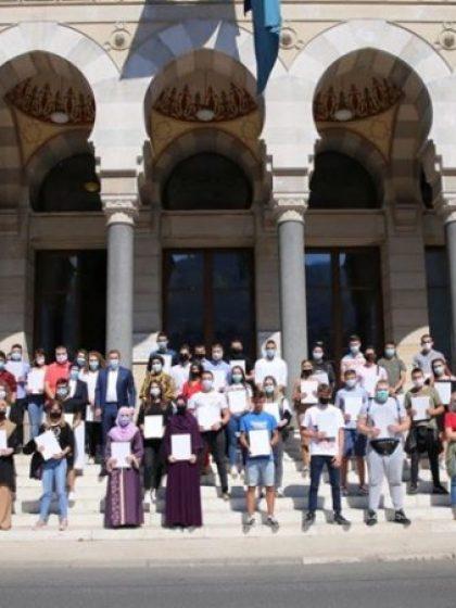 Grad Sarajevo: Isplaćene 483 stipendije