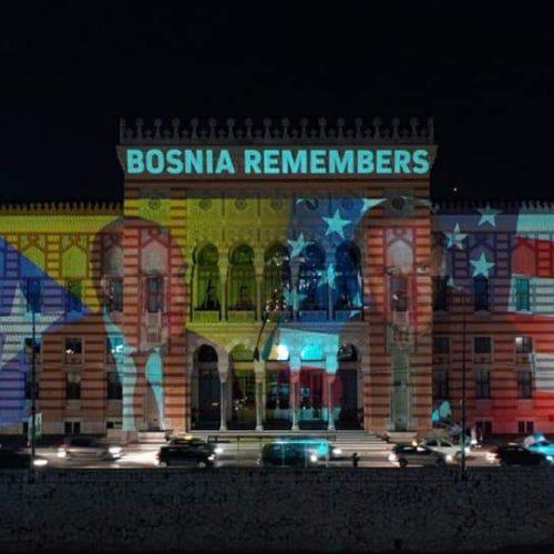 Vijećnica osvijetljena u čast novog američkog predsjednika Joe Bidena