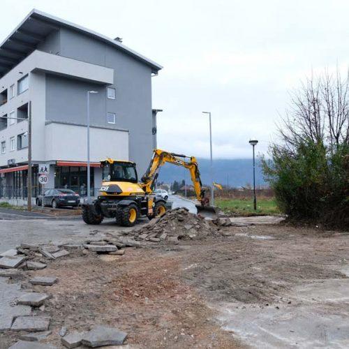 Radovi i poslije izbora: Počela obnova Trga Sabora bosanskog na Dobrinji