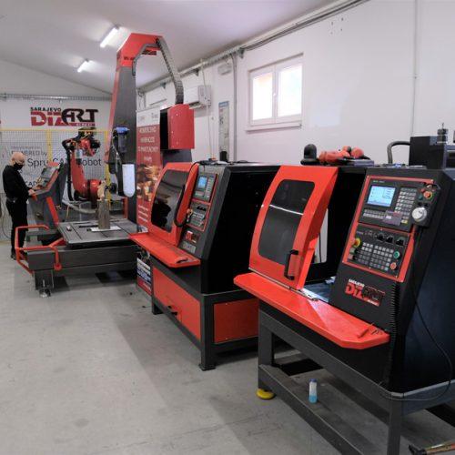 """Firma """"Dizart"""" povećala ponudu: U Centru za prekvalifikaciju i obuku napravljena petoosna CNC mašina"""