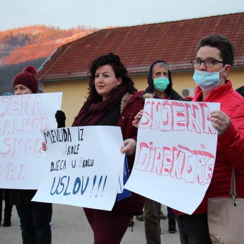 Sjenina Rijeka kod Doboja: Protest i bojkot nastave do ostavke direktorice