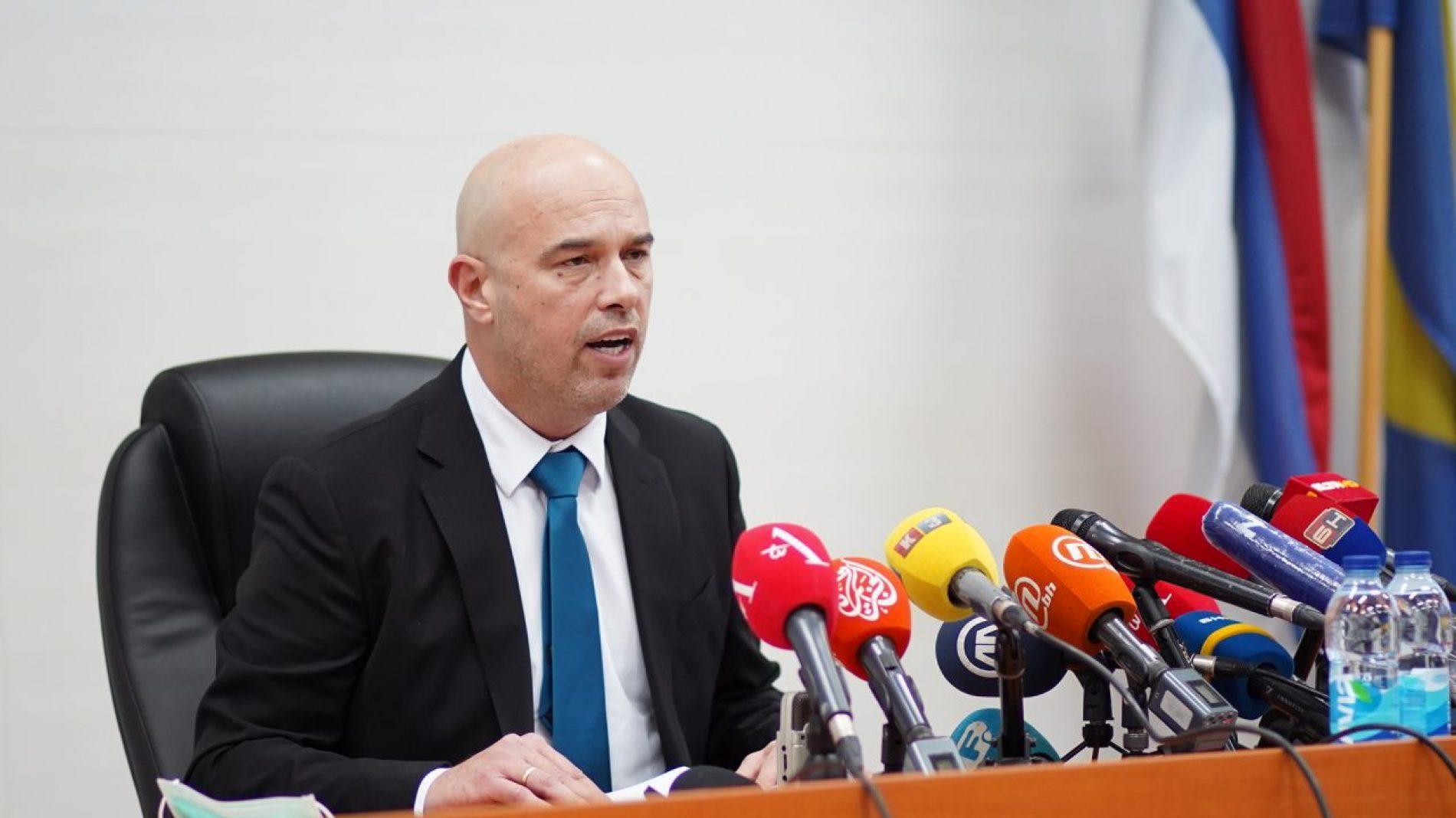 Milan Tegeltija postaje Dodikov savjetnik, obustavljaju se disciplinski postupci protiv njega