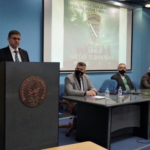 General Šadić: Mir koji danas imamo i što ga baštinimo nije nam došao kao donacija