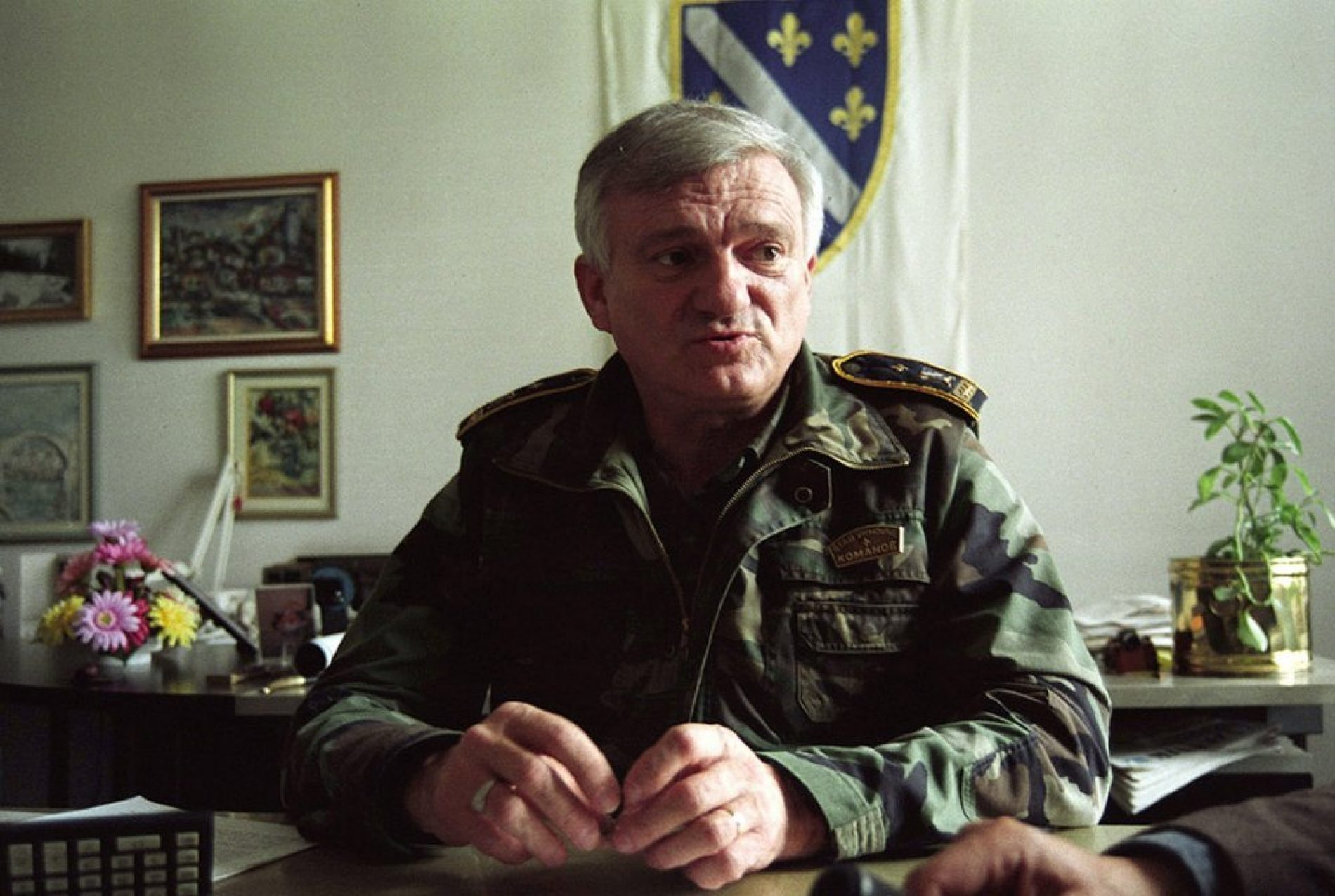 Preminuo Jovan Divjak, bivši general ARBiH
