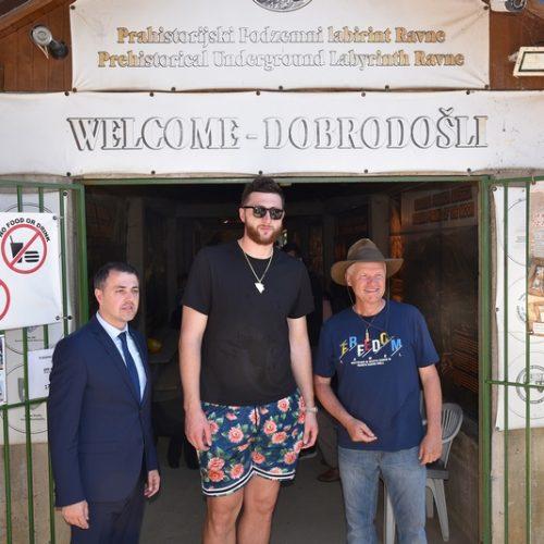 Naš najbolji košarkaš u Visokom: Nurkić najavio dolazak NBA zvijezde Lillarda u Bosansku dolinu piramida