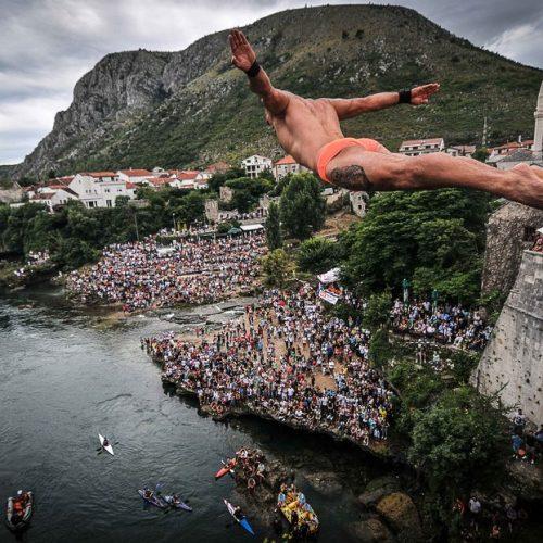 Mostar: Sutra 455. tradicionalni skokovi sa Starog mosta