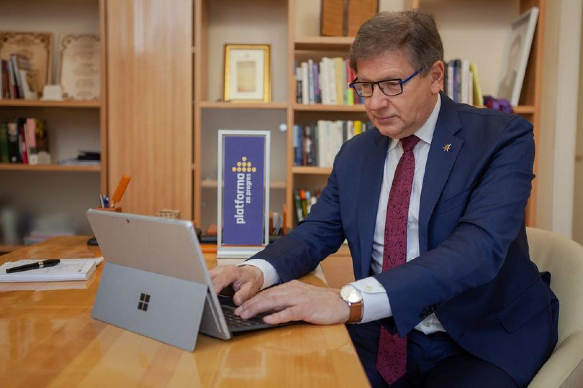 Hadžikadić osniva institut za razvoj novih i visokih tehnologija
