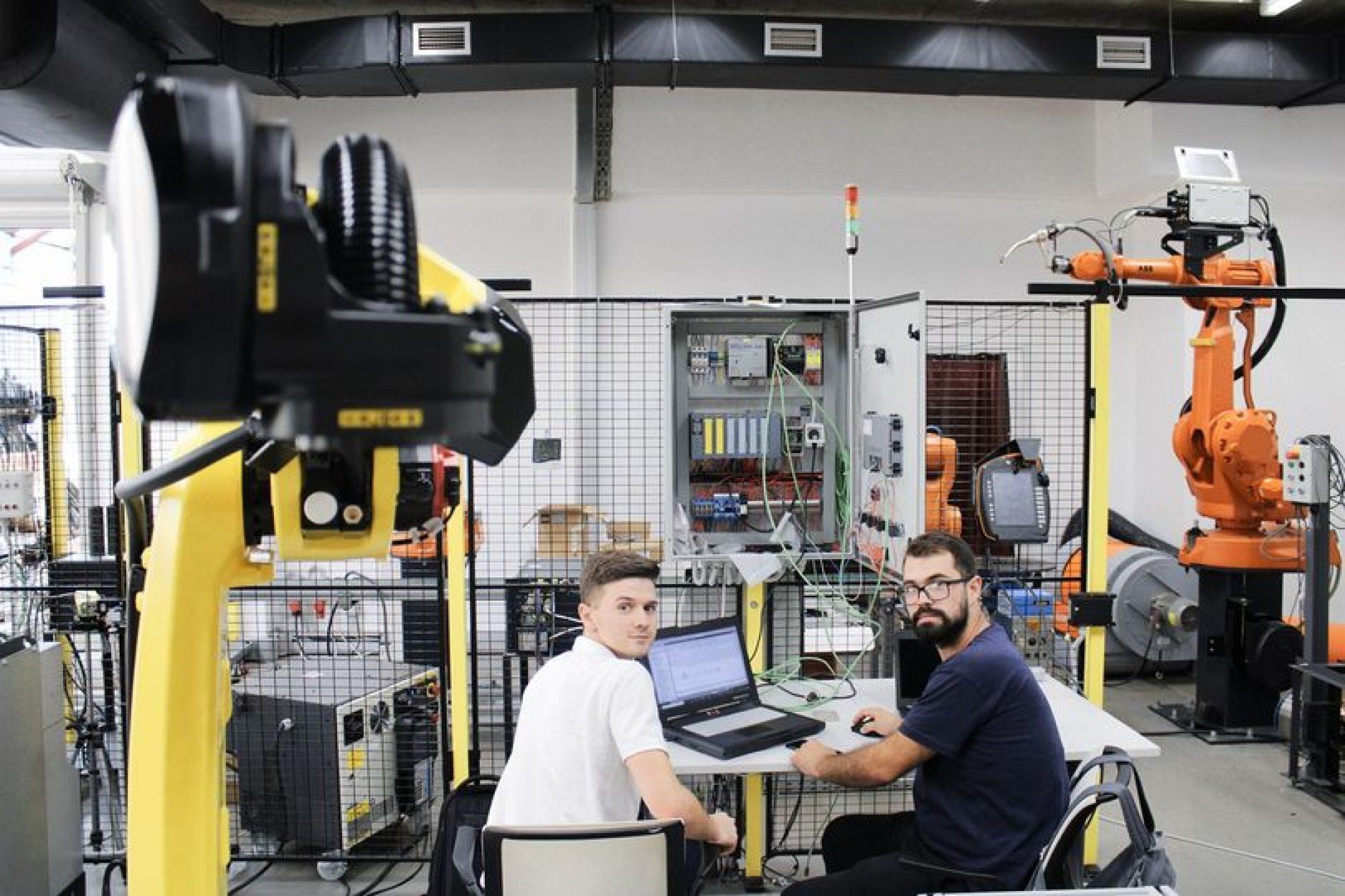 U Bosni roboti postepeno odmjenjuju radnike (Video)