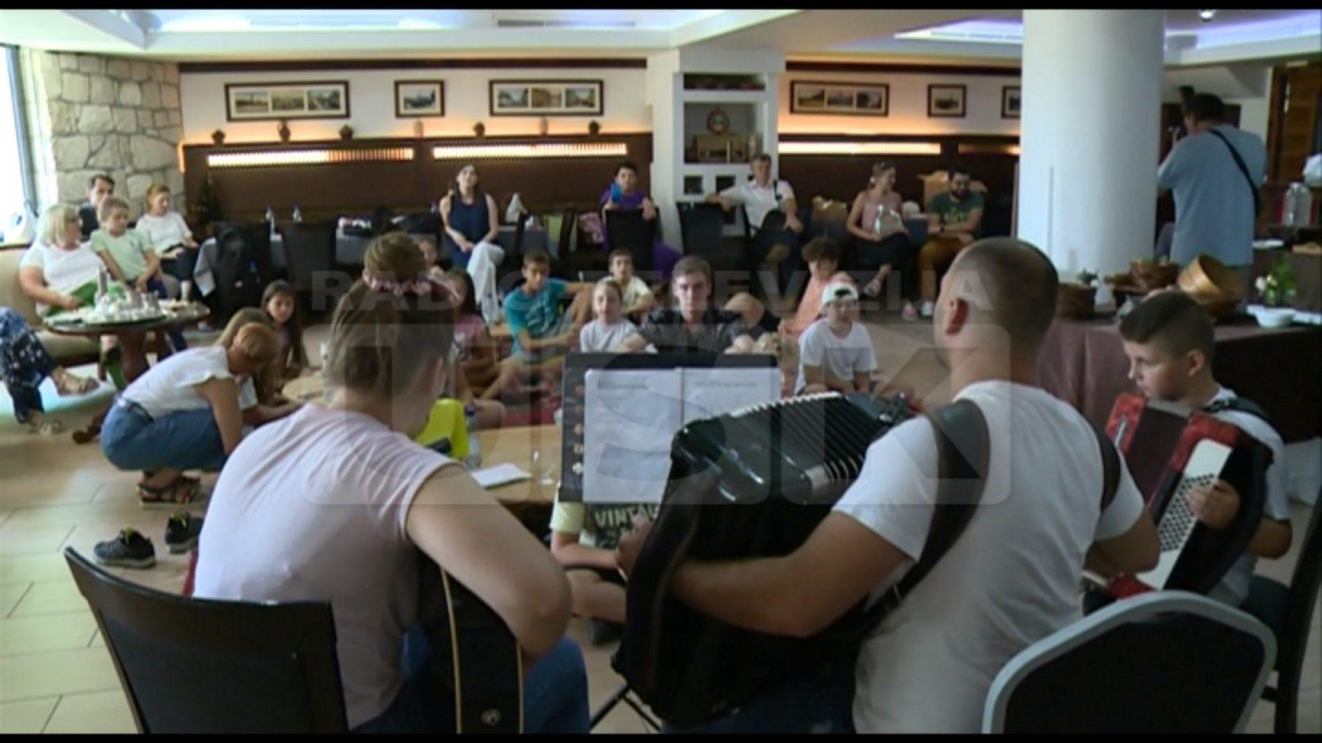 Bihać: Uspješno završena ljetna škola bosanskog jezika (Video)