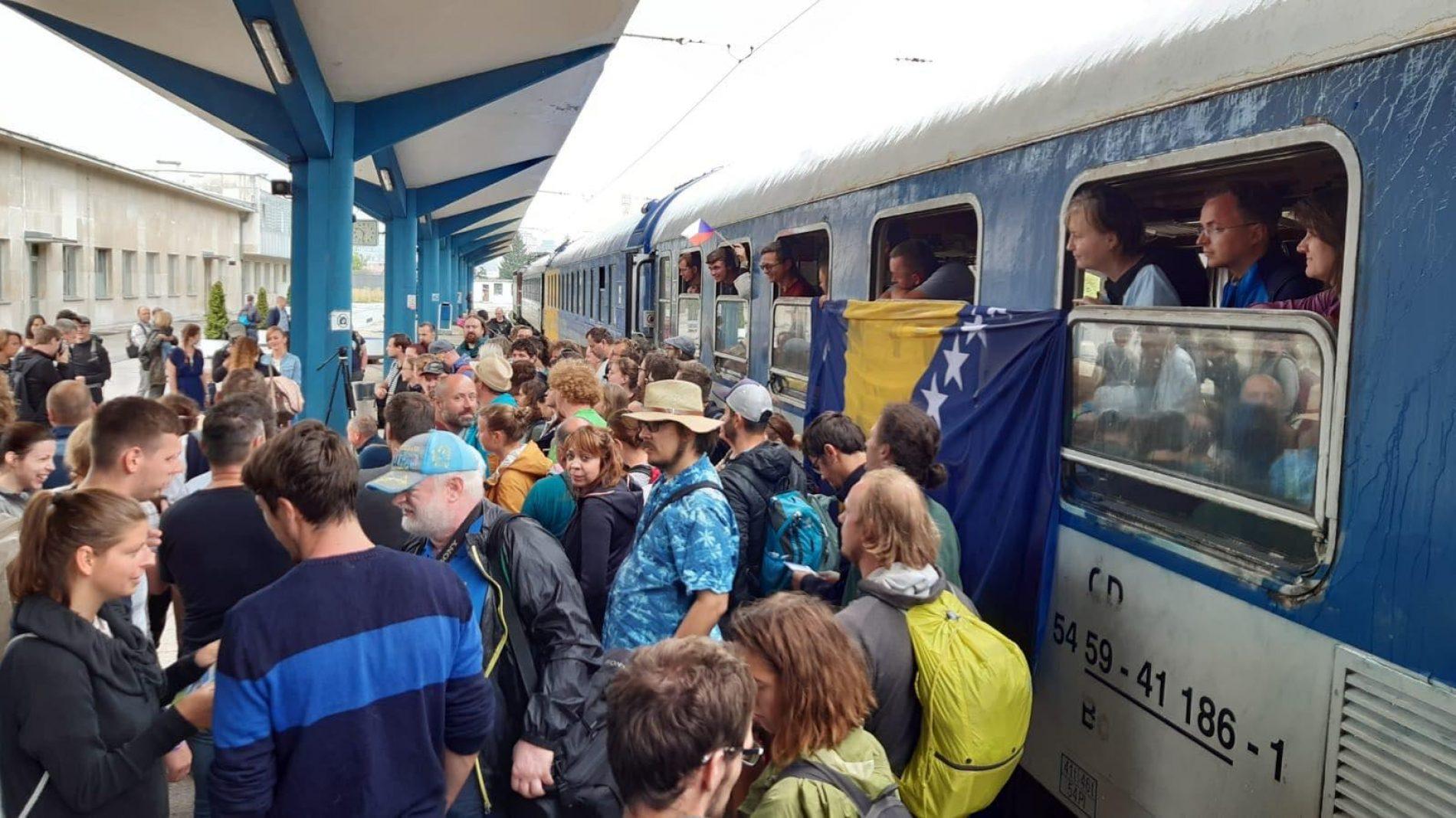 Voz pun Čeha stigao u naš glavni grad