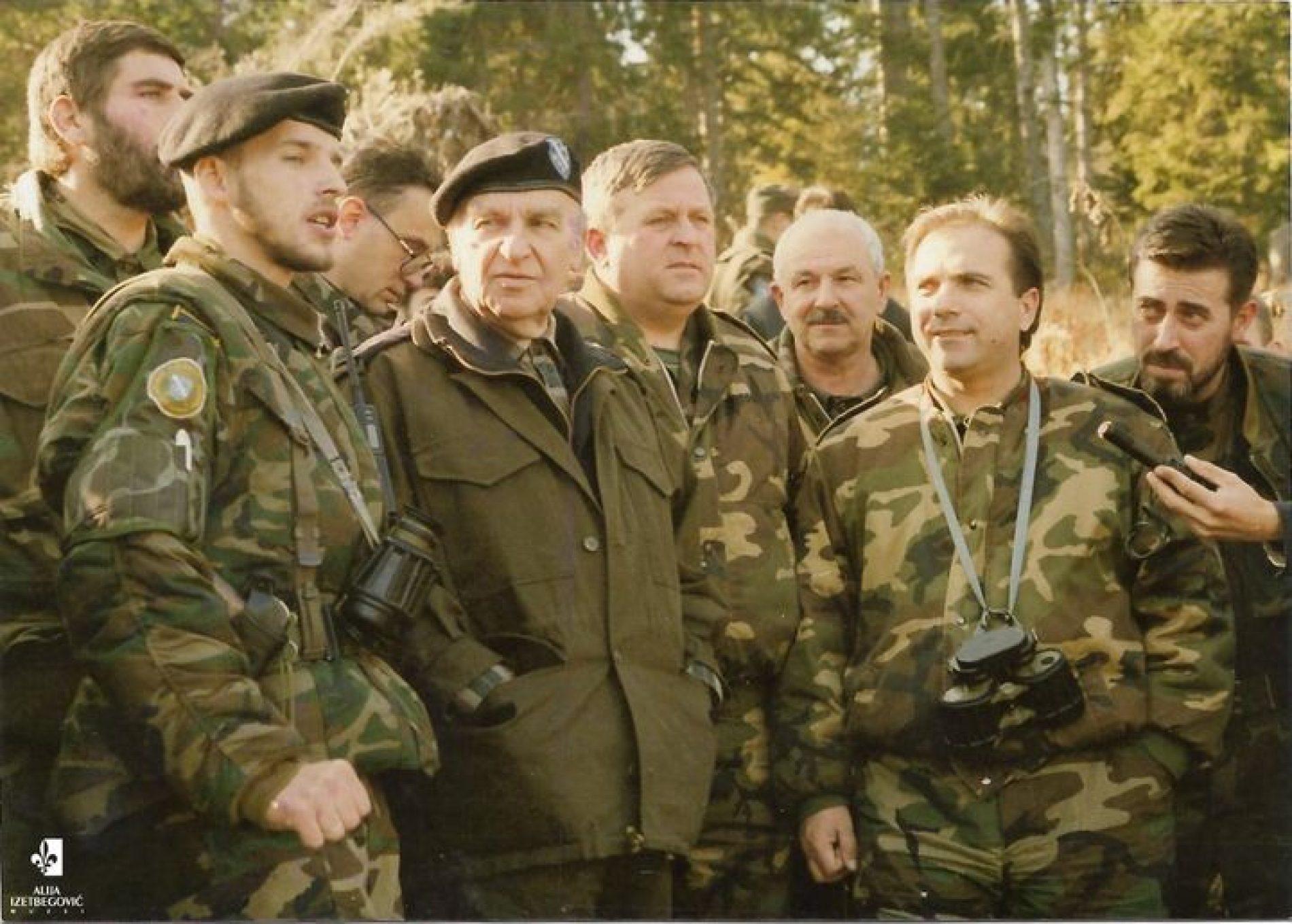Na današnji dan dva korpusa ARBiH spojila dva velika bosanska centra – Tuzlu i Zenicu