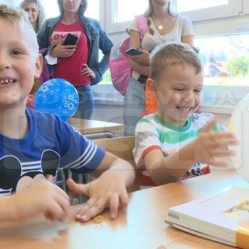 U Cazinu ovih dana otvorena dva nova školska objekta