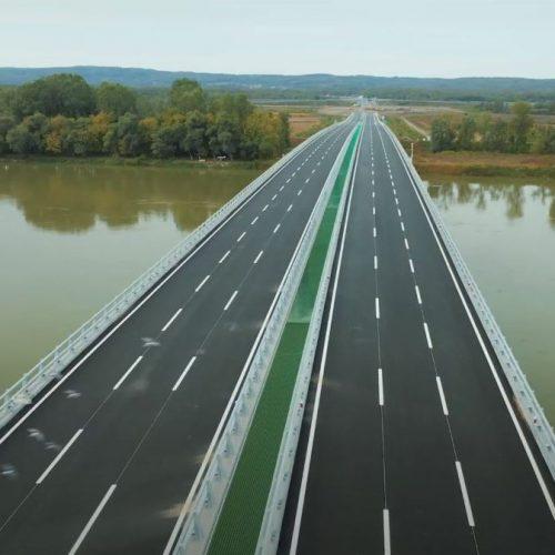 Na sjeveru Bosne otvoreno preko 10km autoceste, granični prelaz i most na Savi